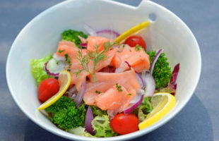 salad-smoke-salmon