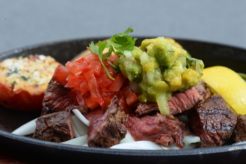 salsa-guacamole-steak